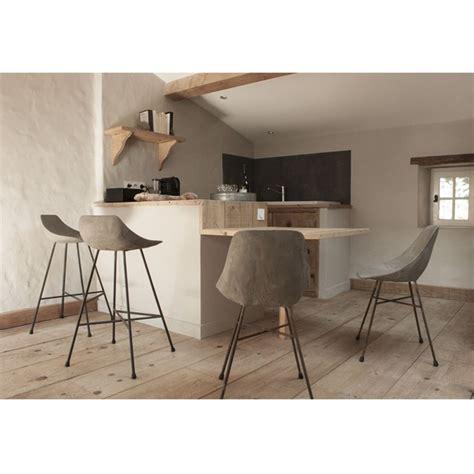 chaise designe chaise design béton hauteville by drawer fr