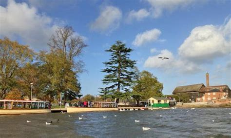 Dinner On A Boat Stratford Upon Avon by West Midlands Best Things To Do Authentic