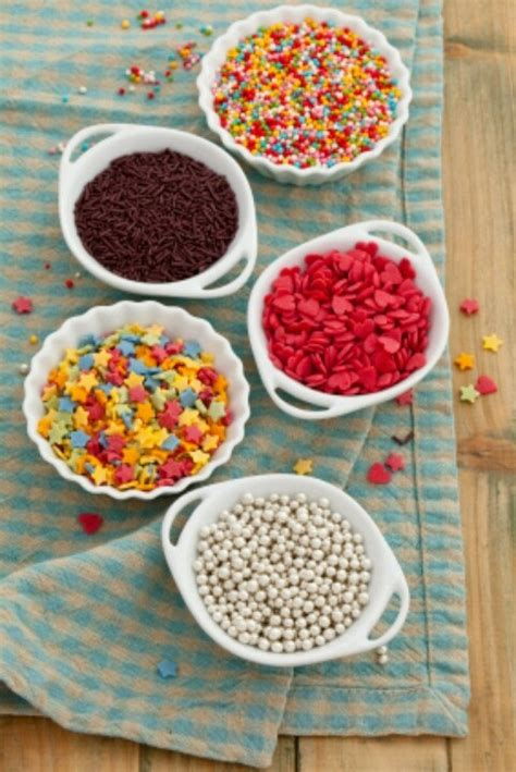 topping for cupcakes cupcake toppings addison s birthday pinterest