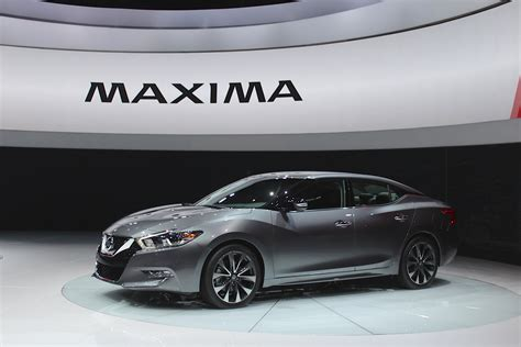 nissan maxima video preview