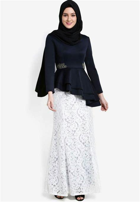 baju hitam putih  perpisahan model baju terbaru