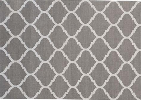 tapis moderne graphique  colore green decore