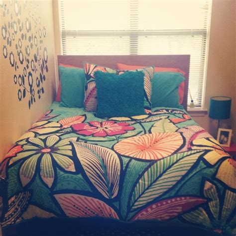 how to choose bedding is mostly all about personal choice if you are choosing bedding for your own bedroom your own favorite color no doubt will be room bedding sets gigadubai com