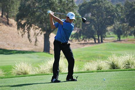 Men's golf aims to swing into strong 2015-2016 season ...
