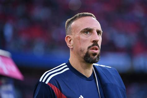 french footballer ribery blasts critics    carat