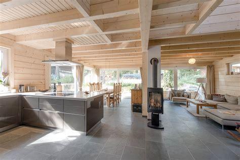 chambre a coucher bois malla maison en bois massif par polar haus la