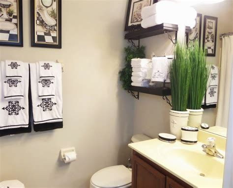 guest bathroom decorating ideas 17 best guest bathroom ideas images on