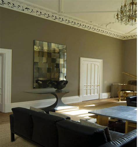 couleur taupe peinture couleur taupe dans salon avec portes peinture ivoire