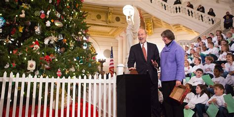 watch this year s capitol christmas tree lighting ceremony