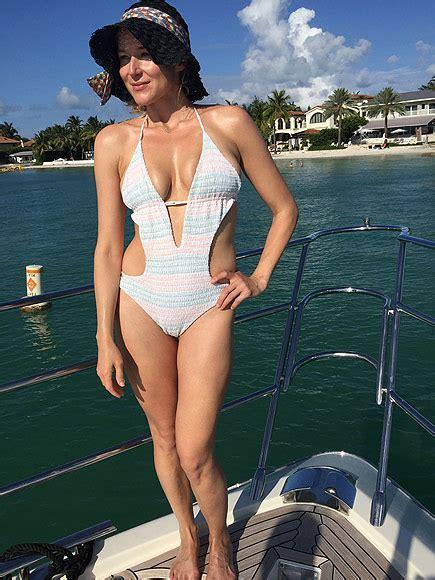 q orianka kilcher swimsuit jewel in a bikini photo people