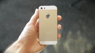 gold iphone 5 new gold iphone 5s sneak peek vs iphone 5 teardown
