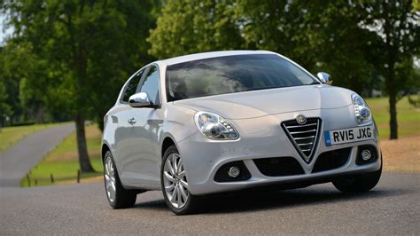alfa romeo giulietta review  buying guide  deals