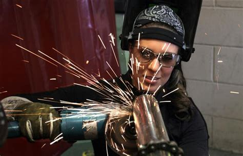 opportunities  women expanding   skilled trades