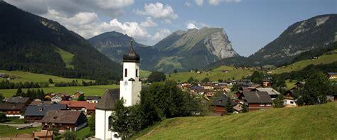 Moderne Häuser Bregenzerwald by Schoppernau Bregenzerwald In Vorarlberg