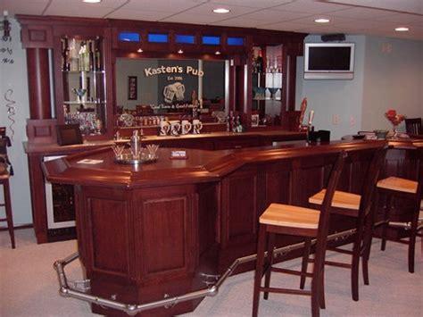 Milwaukee Woodwork   Custom Home Bars