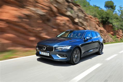 volvo  hybrid  design review   volvo