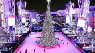 shaun white to light holiday tree at l a live l a live