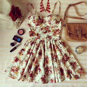 Dress: clothes, bag, make-up, floral, belt, hat, rise ...