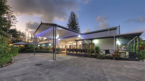 Pagesmediatv & moviestv showparadise hotel sevideosförst ut i paradise hotel 2021 är. PARADISE HOTEL & RESORT - Updated 2021 Prices, Reviews, and Photos (Norfolk Island, Australia ...