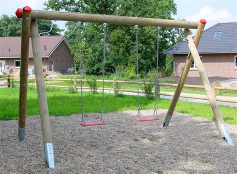 Schaukel An Holzbalken Befestigen by Schaukel F 252 R Spielplatz Aus Holz 246 Ffentlicher Bereich H