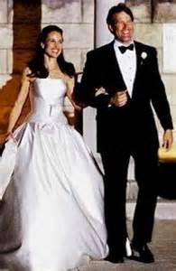 vera wang wedding that style andie macdowell and rhett dec hartzog