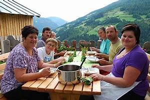 Arte Zu Tisch : zu tisch k rnten berlin producers ~ Watch28wear.com Haus und Dekorationen