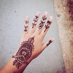 Henna Farbe Selber Machen : henna hand tattoo einfach ~ Frokenaadalensverden.com Haus und Dekorationen