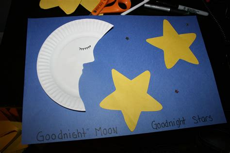 moon and craft for this craft the children glued on 133 | bd3476f23fb11c409ed64a64cd497279