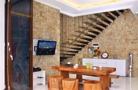 desain interior rumah minimalis menggunakan mosaik batu alam