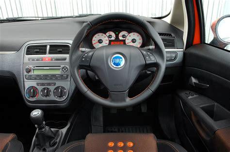 fiat grande punto hatchback 2006 2010 driving performance parkers