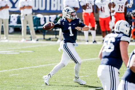 BYU football survives ugly performance, holds off UTSA ...