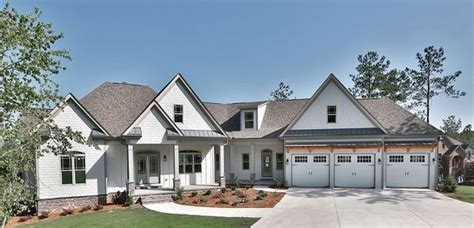 split bed craftsman angled garage craftsman house plans house plans dream house plans