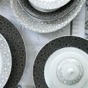 Services De Vaisselle En Porcelaine Blanche D39entretien Facile