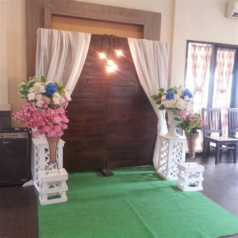 rosepetal backdrop harga dekorasi backdrop engagement