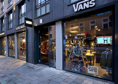 vans flagship store munich