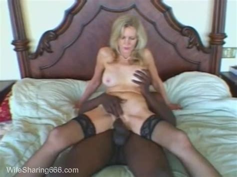Classy Mature Hotwife Shared With Bbc In Chicago Hotel On Wifesharing666com Video