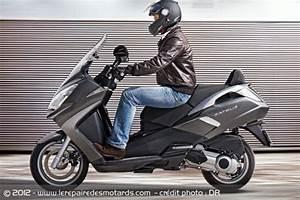 Scooter Peugeot Satelis 125 : essai scooter peugeot satelis 125i ~ Maxctalentgroup.com Avis de Voitures