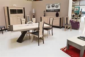 Les Meubles De Maison : relooker une table en chene massif or45 jornalagora ~ Teatrodelosmanantiales.com Idées de Décoration