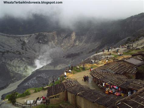 lokasi gunung tangkuban perahu tempat wisata  jawa