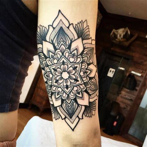 ornamental mandala tattoo    tricep tattoo
