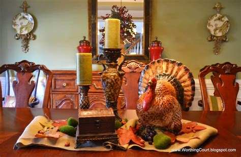 decorating table for thanksgiving dinner 12 rustic chic thanksgiving decorations ideas