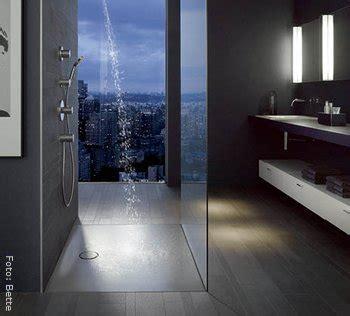 bodengleiche dusche mit wegklappbaren glastüren bodengleiche dusche design und komfort im bad gt wohnen