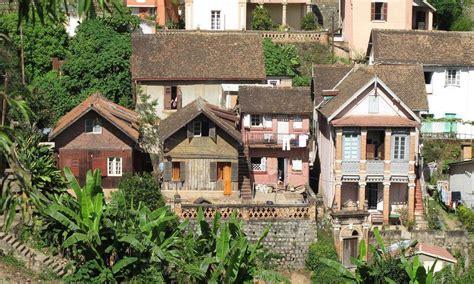 maison des petites lucioles photo petites maisons malgaches tananarive