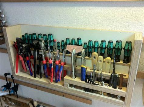 Garage Werkzeugwand by Module F 252 R Zangen Schraubenzieher Schleifpapier