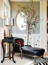 black and white decorations 10 Stylish Black And White Christmas Décor Ideas | DigsDigs