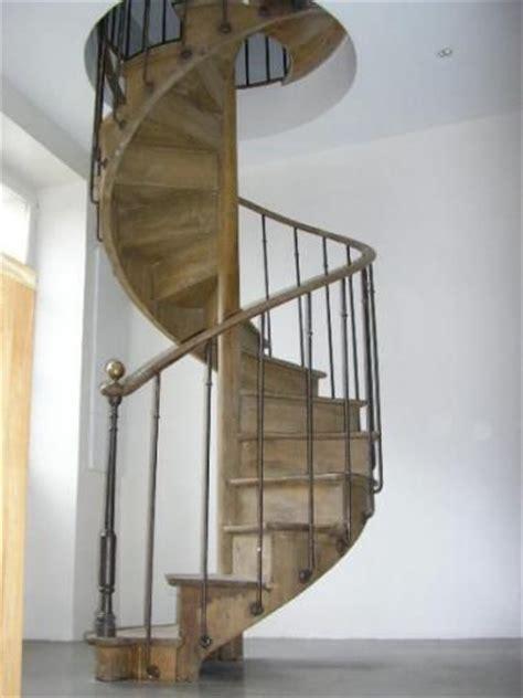 ancien escalier colima 231 on en ch 234 ne courante en noyer escaliers collima 231 on ps