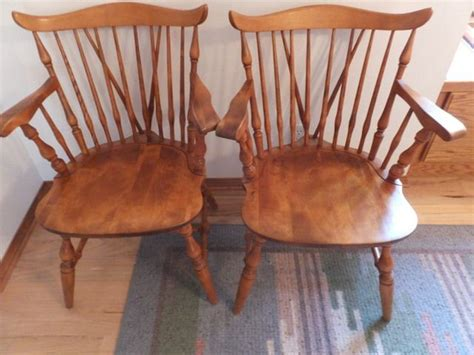 lot detail two solid wood maple captain s chairs