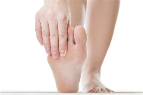 Athletes Foot Treatment And Cure With Cedar Wood Shoe Insoles