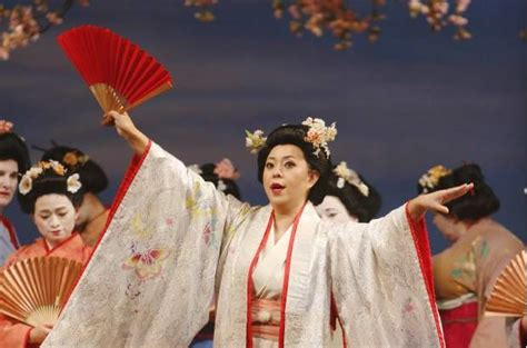Review Vancouver Opera's Madama Butterfly Has It All