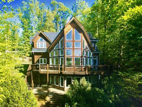 Lakefront Retreat by Beautiful New Lakefront Retreat W Decks Open